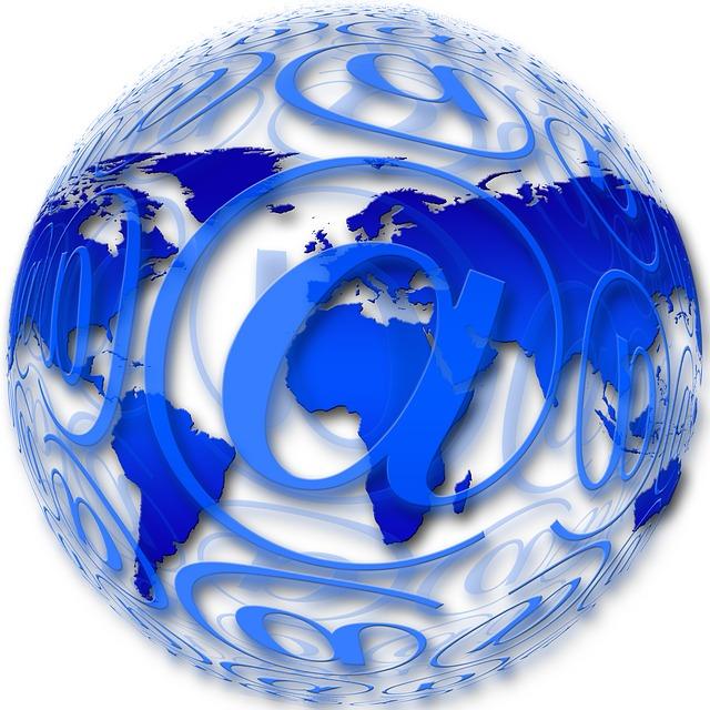 Ролята на домейна и имейла за бизнес цели